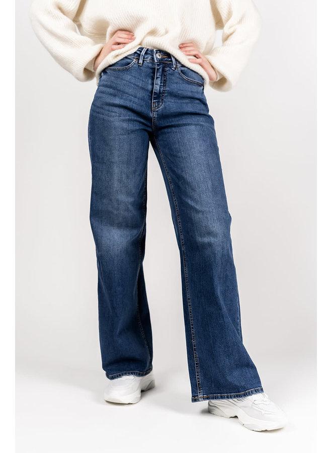 Ihnorah Flare Pants