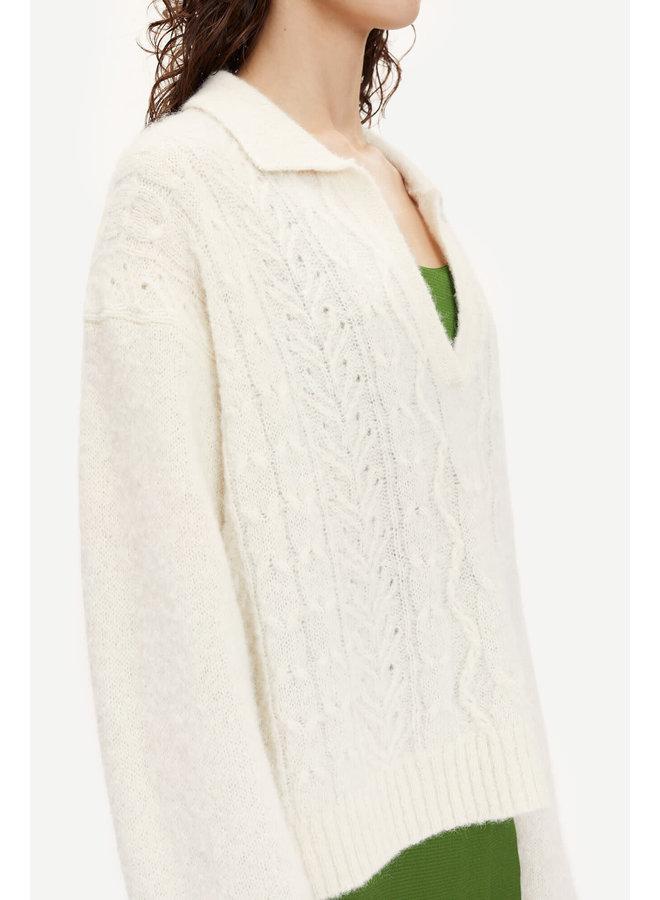 Neta V-neck Polo White