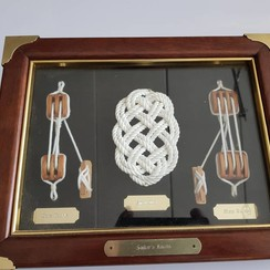 Sailors knot board with  frame 28 x 22cm