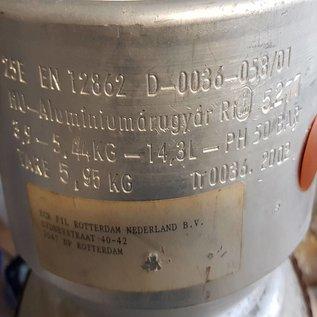 Aluminum gas cylinder for refrigerant gas R407C