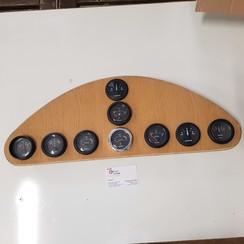 Dashboard mit Vetus-Instrumenten