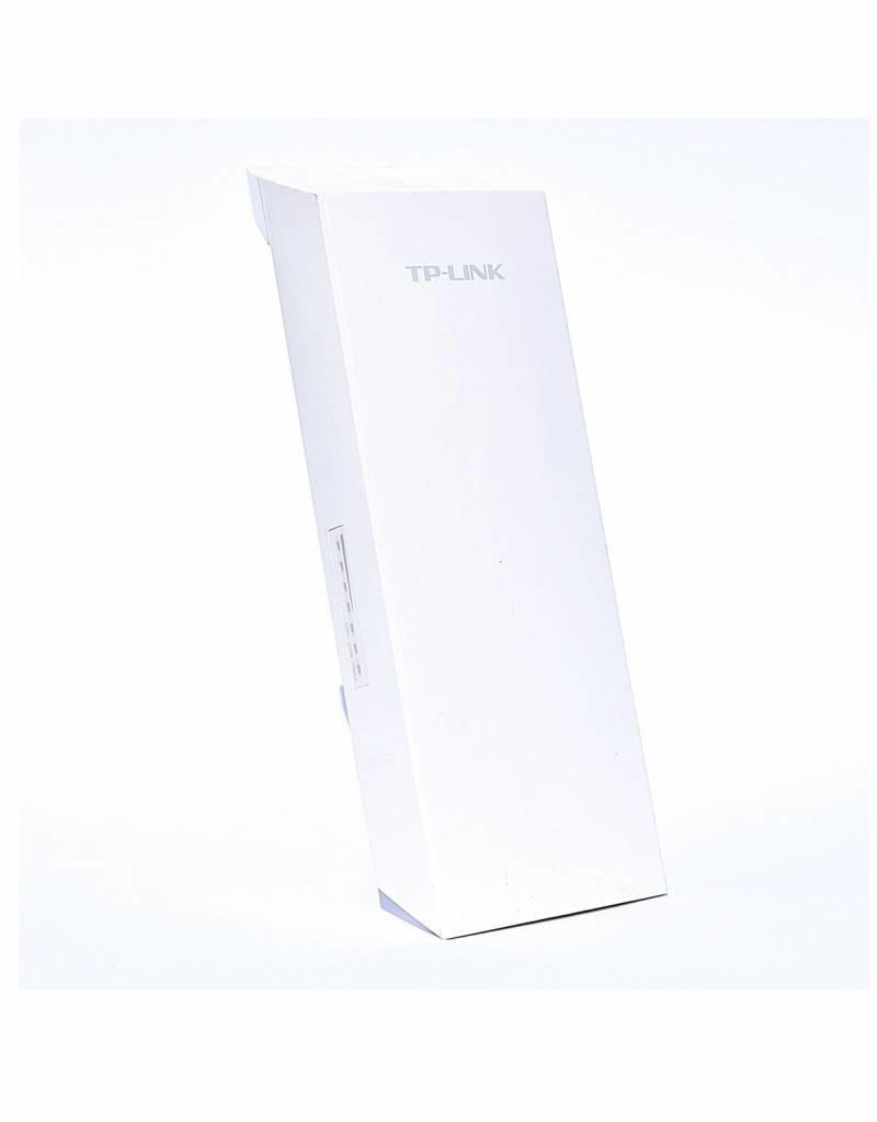 TP-Link TP-Link CPE210 V1.1 2.4GHz 300Mbps 9dBi Outdoor Access Point incl. PoE Injector