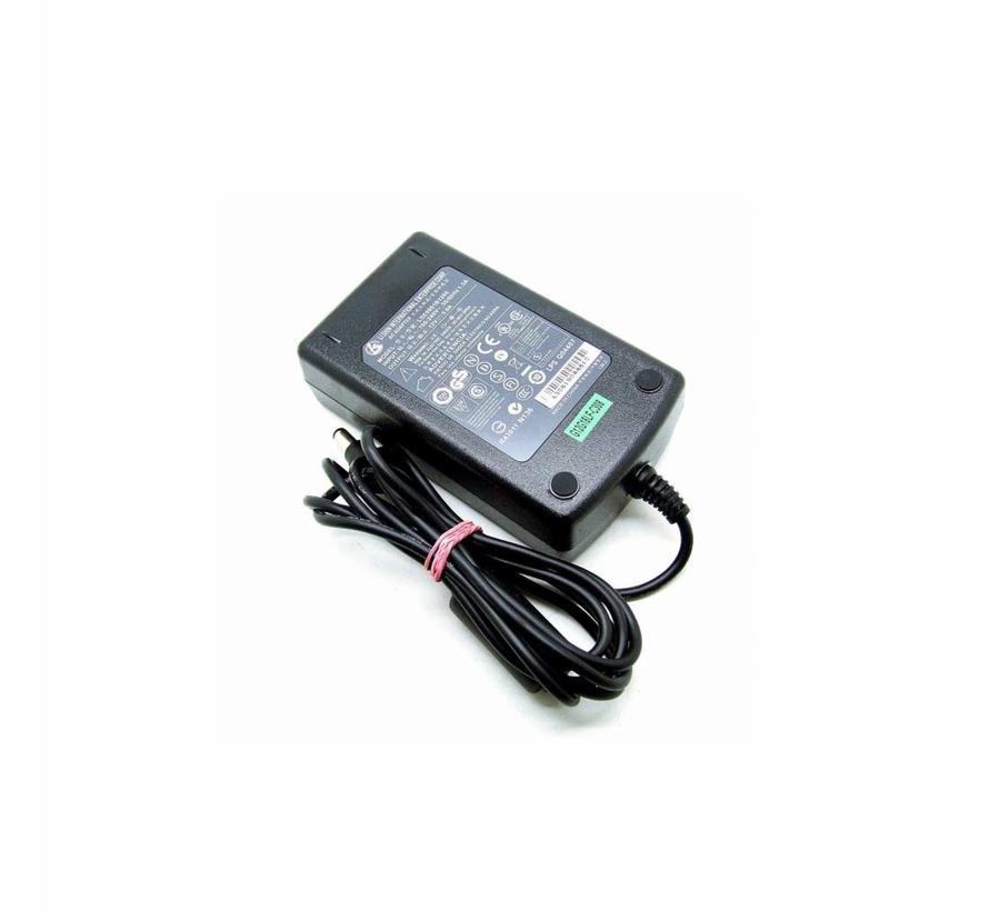 Original LI Shin Netzteil LSE9901B1260 AC Adapter 12V 5,0A