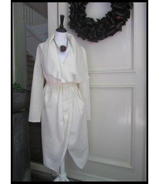 Weiß Mantel