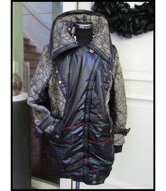 Schwarz Mantel