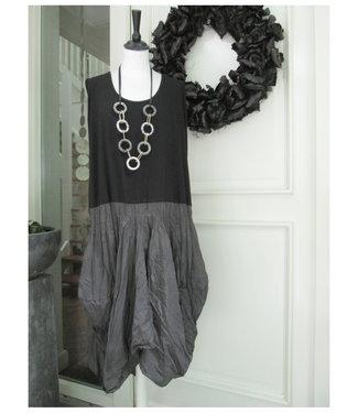 merkloos Black Dress