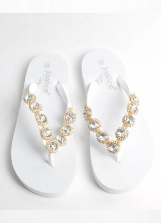 Nova slippers white