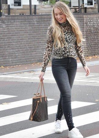 Flawless leopard