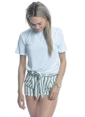 TESS V Leila shorts white