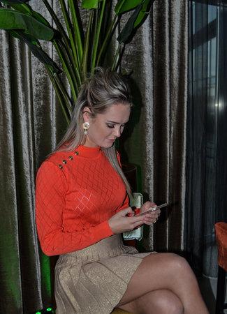 TESS V Belle top orange