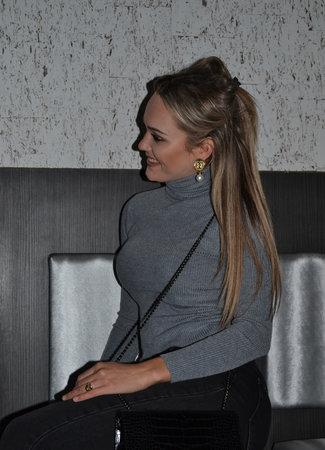 TESS V Jodie col grey