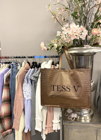 TESS V TESS V Shopper