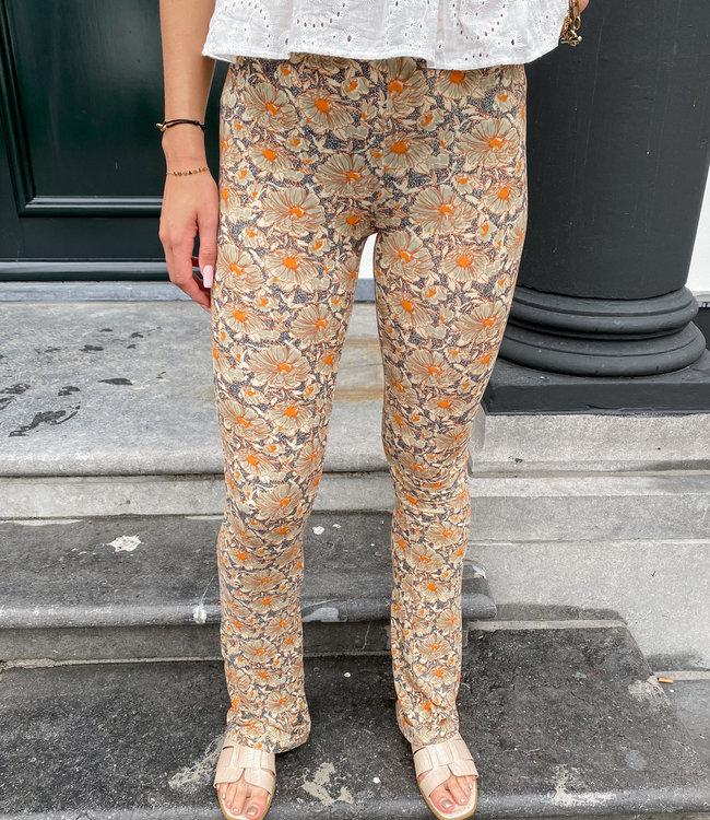 Ambika Dominique flared pants bloem