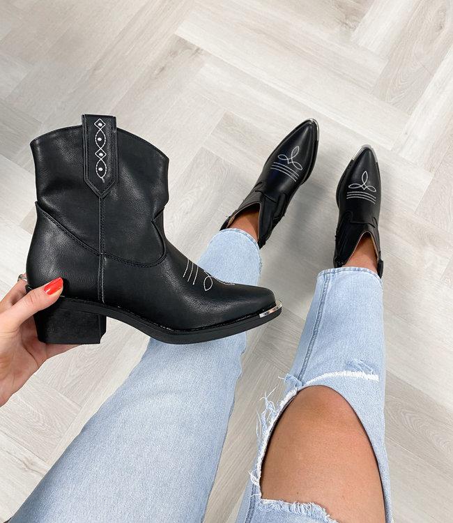 Olivia boots black