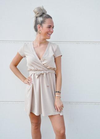 TESS V Bobbie dress beige