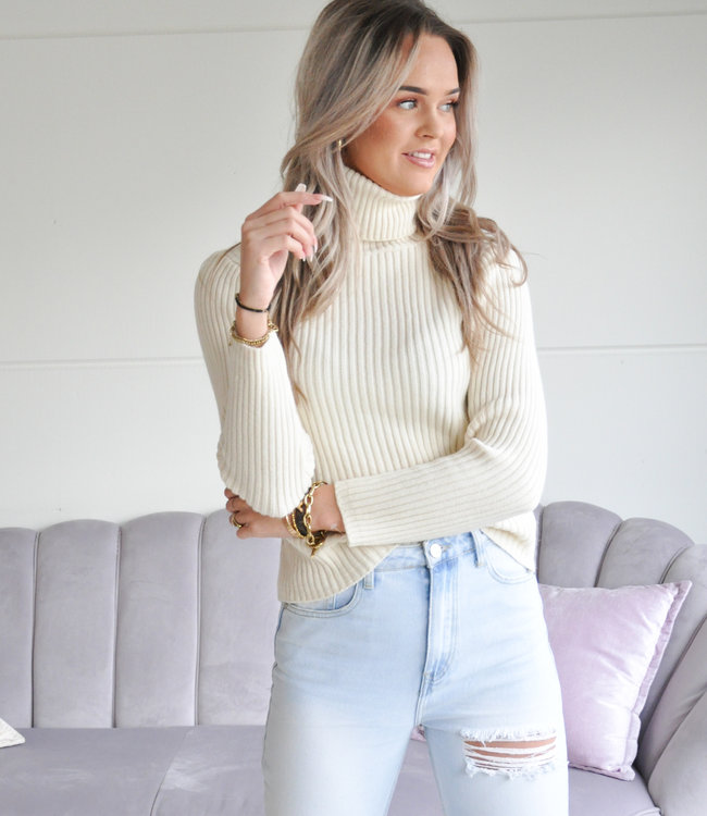 Ambika Jinthe sweater creme
