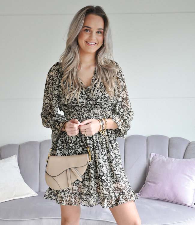 Becca dress beige