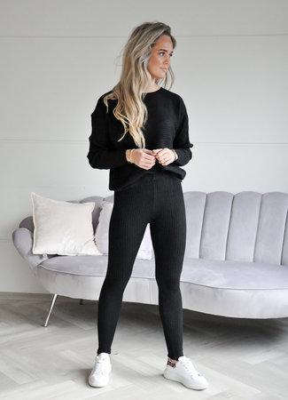 TESS V Norie comfy set black