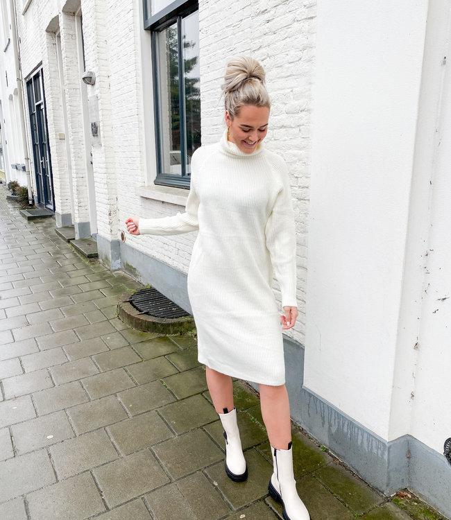 Ruby dress white