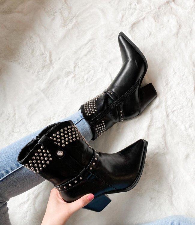Julie boots black