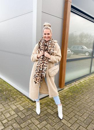 Jolien scarf leo