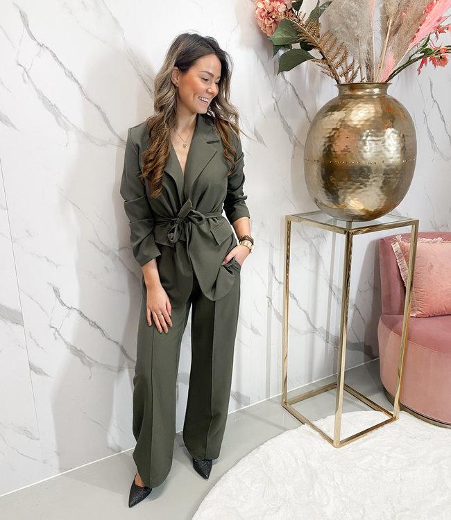 Saar suit green