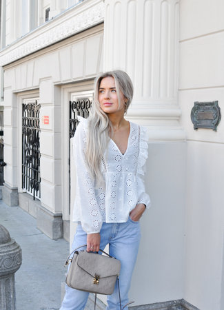 Isabeau top white