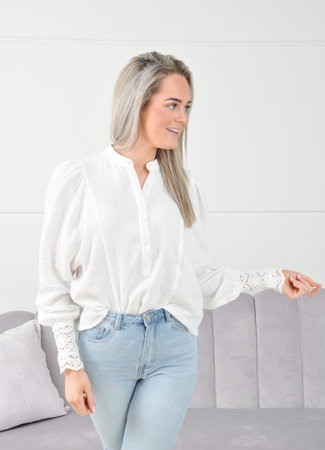 Laura blouse white