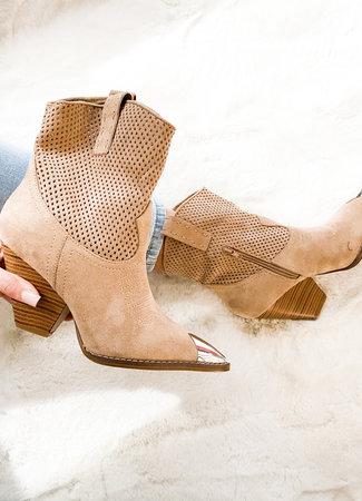 Nomi boots beige