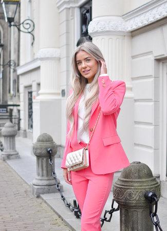 Yada suit pink