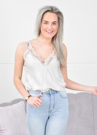 Lace top beige