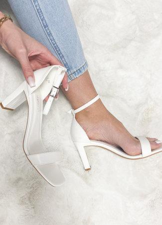 Georgia heels white