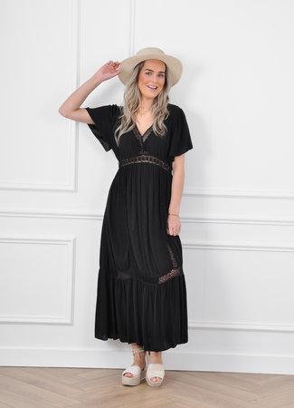Daisie maxi dress black
