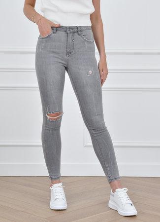 QH  Chelsea jeans