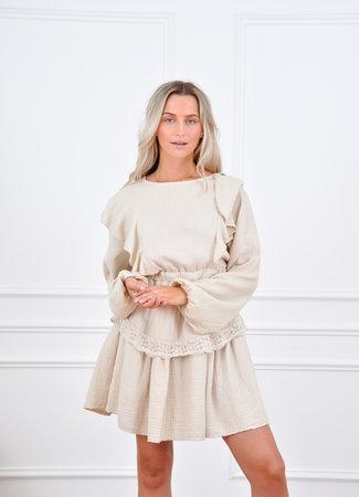Dewi dress beige