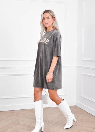 Desire dress grey