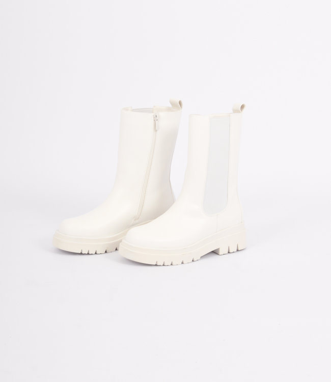 Dionne boots white