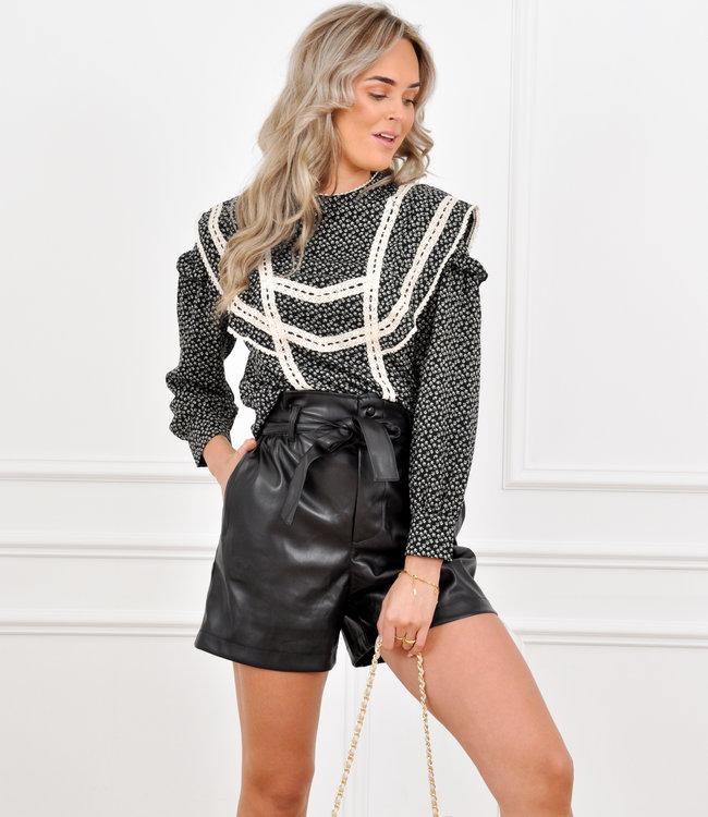 Fenna leather short