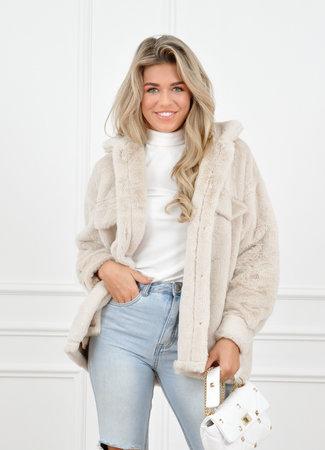 Fur coat creme