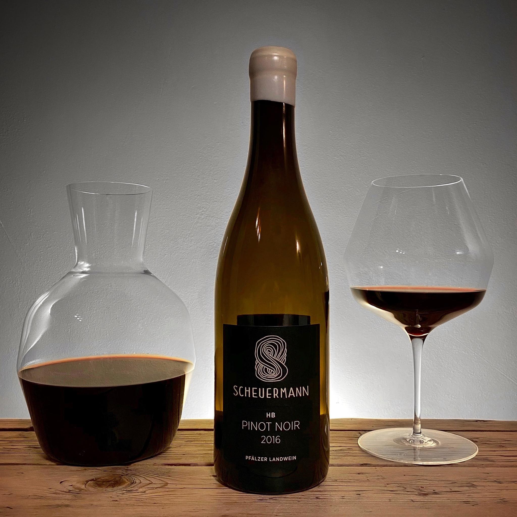 scheuermann-pinot-markthomas-carafe-wineglass