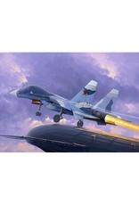 Trumpeter 1/72 1/72 Su-33UB Flanker D