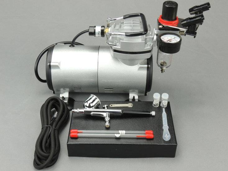 Fengda Fengda airbrush kit with 130K airbrush gun / airbrush compressor