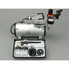 Fengda airbrush set with BD-138 airbrush gun and airbrush compressor.