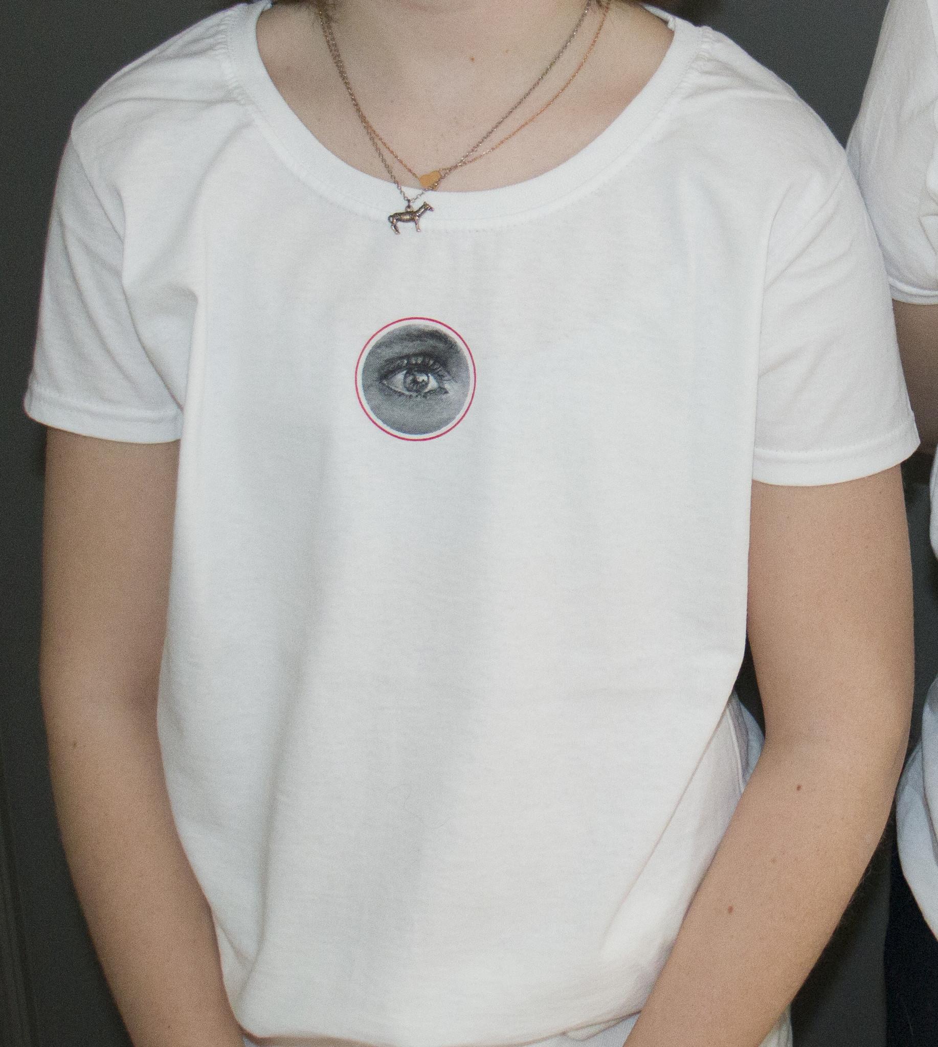 Katrien Kermans T-Shirt Oculus Anima Est