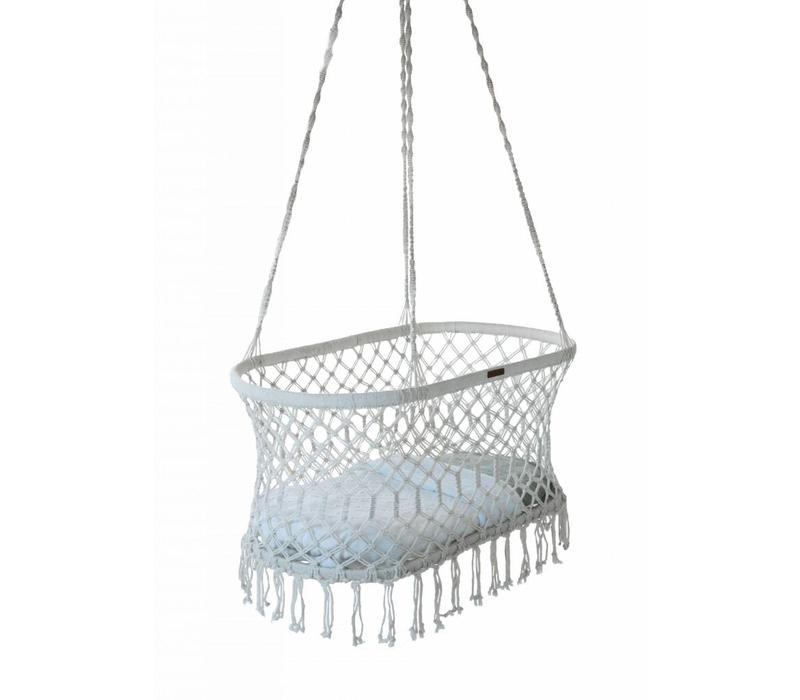 Rock that label Hanging bassinet