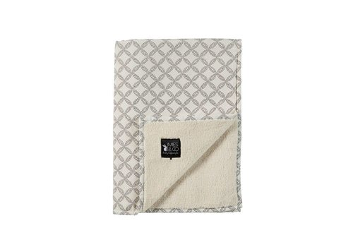 Mies & Co Mies & Co Soft teddy ledikant deken Geo circles offwhite 110 x 140cm