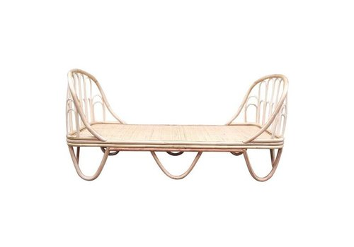 Rotan junior bed gili