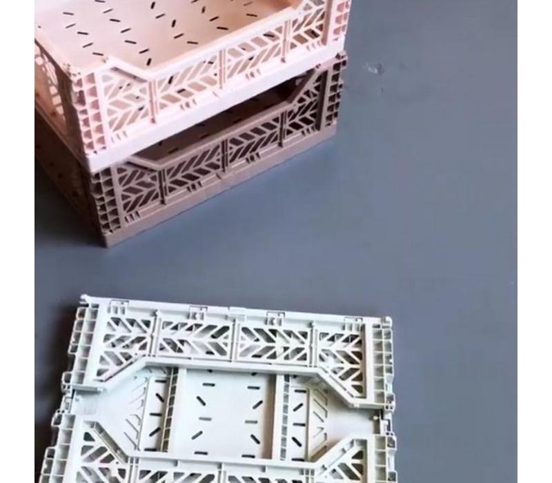 Ay-Kasa folding crate coconut milk