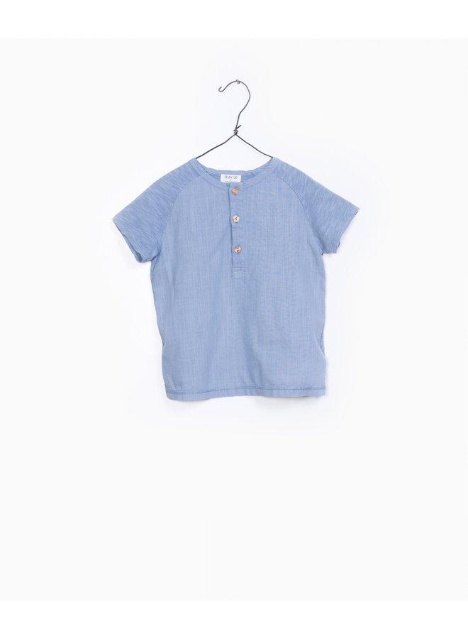 Play up t-shirt buttons light blue