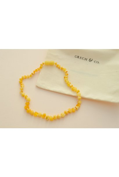 Grech & Co necklace amber serenity